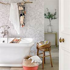 bathroom decorating ideas for small spaces small bathroom ideas small bathroom decorating ideas on a budget