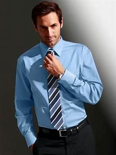 Chemise Homme Bleue Cintree Pour Travail Les Cadeaux D