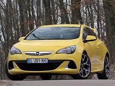 Fiche Technique Opel Astra Iv Gtc 2 0 Turbo 280 Start Stop