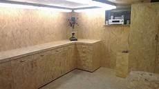 garage innen mit holz osb traum garagen innen werkstattschr 228 nke aufbewahrung
