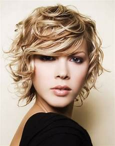short and messy hairstyles short messy hairstyles provide fun and style hairstyles 2013