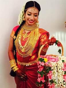 12 traditional kerala wedding jewellery kerala bride in gold mariage day google search kerala
