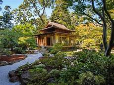 Japanese Traditional House Exterior Traditional Japanese