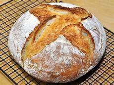 pane fatto in casa senza lievito ricetta pane fatto in casa semplice a lievitazione