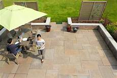 Bodenbelag Terrasse Kunststoff - outdoor patio tile how to choose the right type
