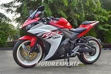 Modifikasi Motor R25 by Modifikasi Yamaha R25 2014 Model Ban Gambot Keren Terbaru