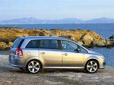 Opel Zafira B 2008 Photos 2048x1536