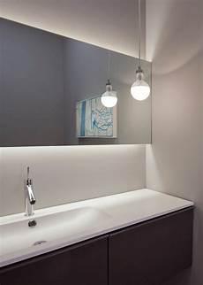 handbrause für waschbecken leuchtet lange minimalistischen badezimmer spiegel ideen