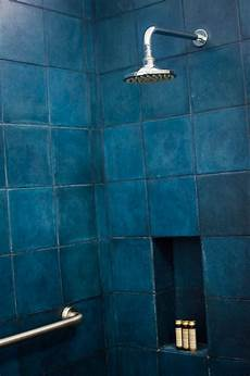 Badezimmer Fliesen Blau - 54 bathroom tile ideas for the cool bathroom