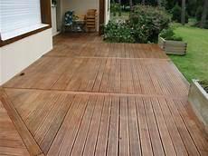 lames de terrasse bois exotique profil 21 x 145 mm