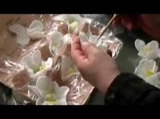 fondant selber machen cupcakes fondantblumen selber machen fondant orchideen