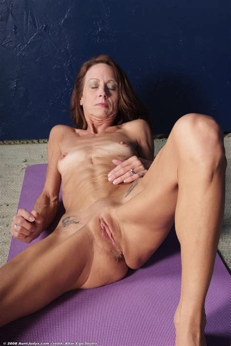 Des Ee In Gallery Very Skinny Mature Destiny