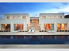 CHIC AND MODERN ITALIAN VILLA   Luxury Topics luxury