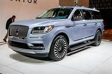 2018 Lincoln Navigator Look Review Motor Trend Canada