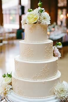 simple round wedding cake elizabeth anne designs the