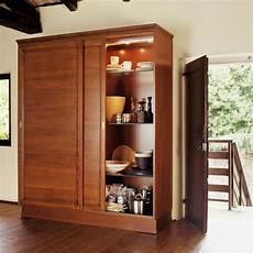 mobile dispensa per cucina armadio dispensa per la cucina un armadio o una dispensa