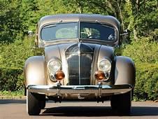 1936 Chrysler Imperial Airflow Sedan  Hershey 2015 RM