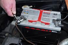 mister auto ou oscaro batterie voiture 206 1 9d