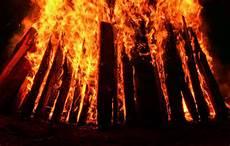 bild feuer flammen holz 1010081 jpg deutsches
