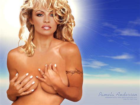 Pamela Anderson Naken