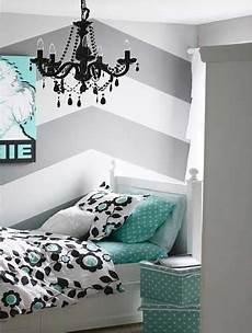 une chambre ado fille avec deco geometrique