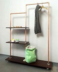 garderobe aus rohren selber bauen 30 absolut geniale interior ideen aus kupferrohren zum