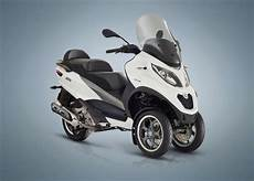 2018 piaggio mp3 500 sport lt review total motorcycle