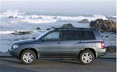 how petrol cars work 2001 toyota highlander navigation system 2006 toyota highlander page 1 review the car connection
