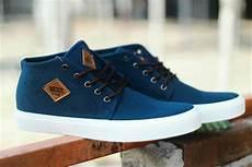 sepatu vans sk merah size jual terbaru dan termurah sepatu vans skate black hitam navy merah sk8 premium bnib ifc dt di