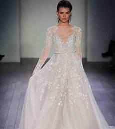 robe de mariée dentelle manches longues robe de mari 233 e princesse dentelle manches longues