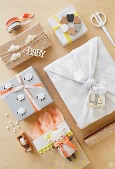 Idée Cadeau Baby Shower 1001 Id 233 Es Pour Un Cadeau Baby Shower Cadeau Future Maman