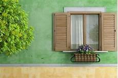 prix d une fenêtre en bois prix d une fen 234 tre en bois budget maison