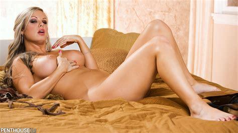 Penthouse Nude