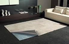 Antirutschmatte Für Teppich - idealer rutschschutz f 252 r teppich antirutschmatte f 252 r