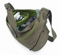 com lowepro lp36466 0ww passport sling ii camera bag mica green camera cases