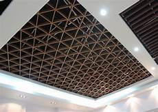 il soffitto il legno d imitazione gradisce il soffitto di griglia