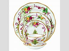 Discover the Best Christmas Dinner Plate Sets 2016