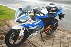 Modifikasi Vixion Movistar by Yamaha Vixion Modif R15 Edisi Movistar Tangki R25 Bisa