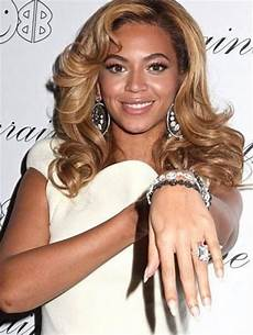 celeb wedding rings the most expensive celebrity engagement rings 45 pics in 2019 beyonce