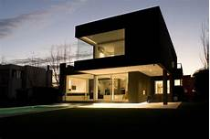 the black house by andres remy arquitectos karmatrendz