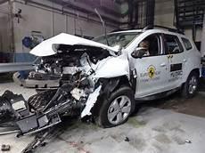 Dacia Duster 2017 Crash Test Ncap