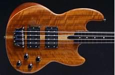 Wal Mki 1983 4 String Bass Guitar 1984 Uk Birmingham