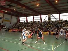 salle de sport saumur saumur un tournoi de basket le 11 novembre salle des