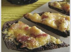 easy bacon and cheese pumpernickel puffs_image