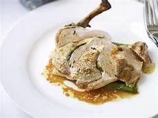 suprema di pollo suprema di pollo al burro con funghi e patate gratinate