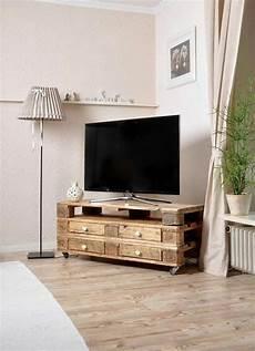 Tv Möbel Paletten - palettentisch tisch aus paletten diy m 246 bel paletten