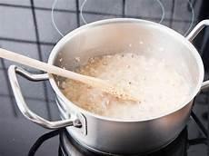 what is oatmeal rolled oats steel cut oats overnight