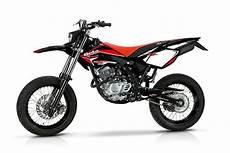 beta 125 rr 2013 beta rr 125 4t motard review gallery top speed
