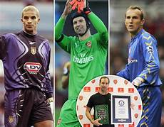 premier league clean sheets goalkeepers goalkeepers with the most premier league clean sheets