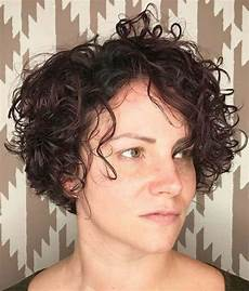 141 easy to achieve and trendy short curly hairstyles for 2019